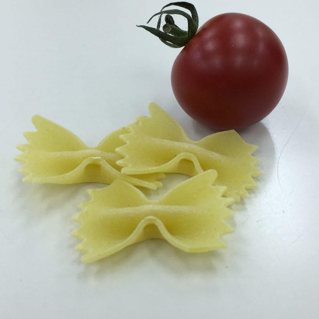 パスタとトマトの画像