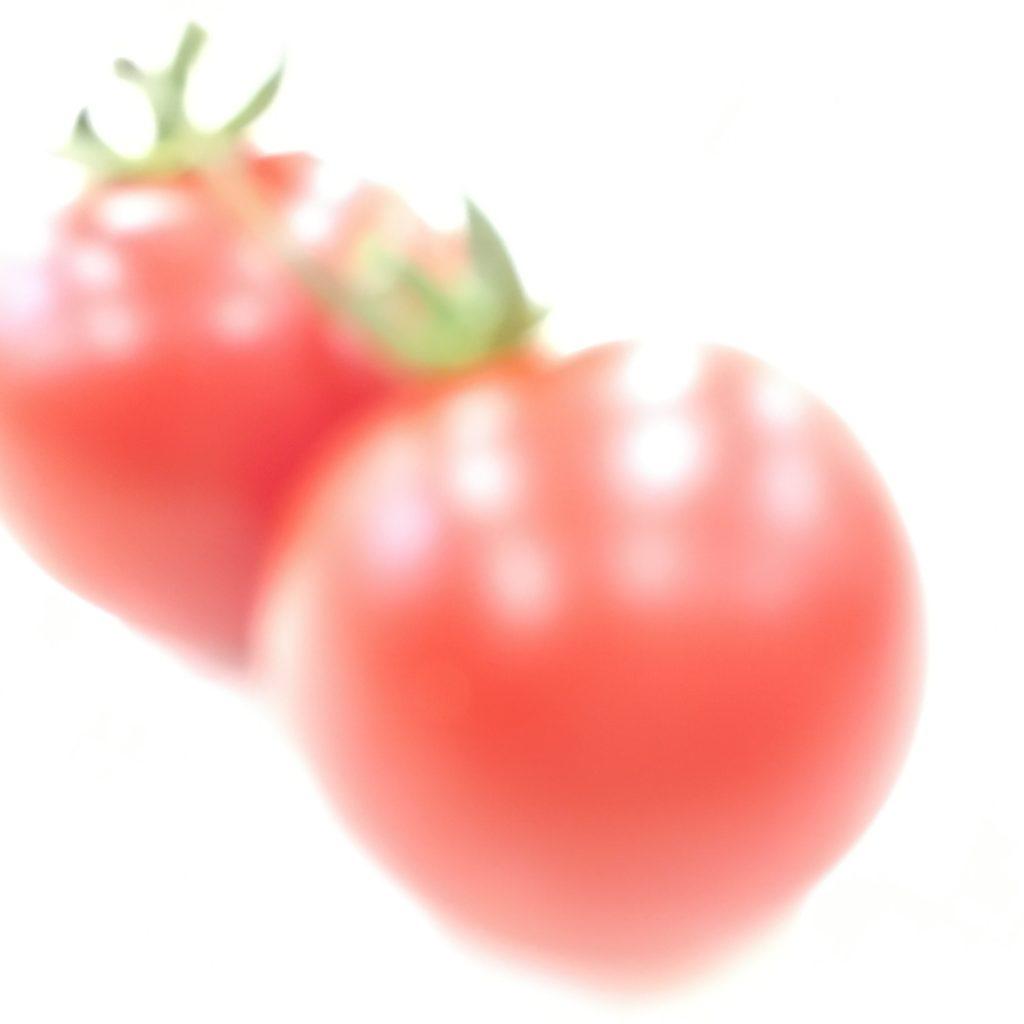6、アップしたトマトを明るくして撮影した画像
