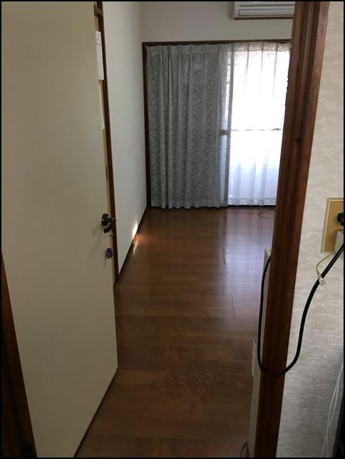 風水部屋2、ドアから中を見た画像