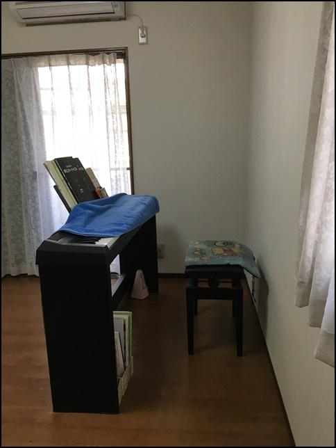 風水部屋4、電子ピアノの画像