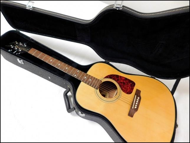 ギターのハードケースの画像